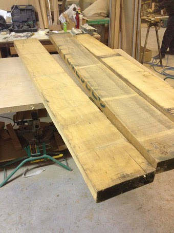 mesa de madera maciza con patas de hierro lacado en blanco ilia estudio interiorismo ilia estudio interiorismo ilia estudio interiorismo - Mesas De Madera Maciza