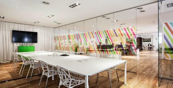 Creativo dise o para las oficinas de una agencia de - Empresas de diseno de interiores ...