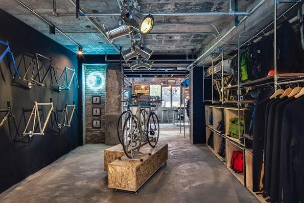 El diseño de una tienda de bicicletas en Shanghai. - ilia estudio ...